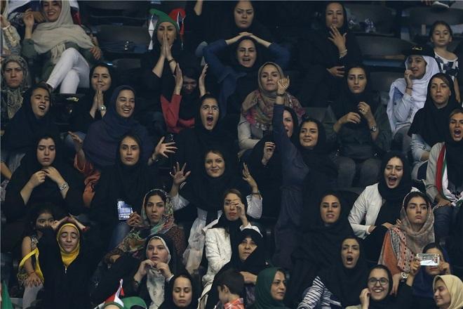 iran_woman_1