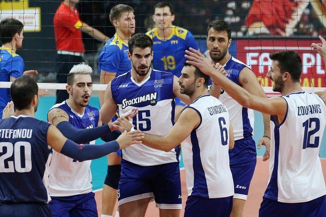 Antwerp / Antweroen : CEV Volleyball European Championship 2e rnd :  Ukraine ( bleu ) -  Greece (white) :  foto VDB / BART VANDENBROUCKE