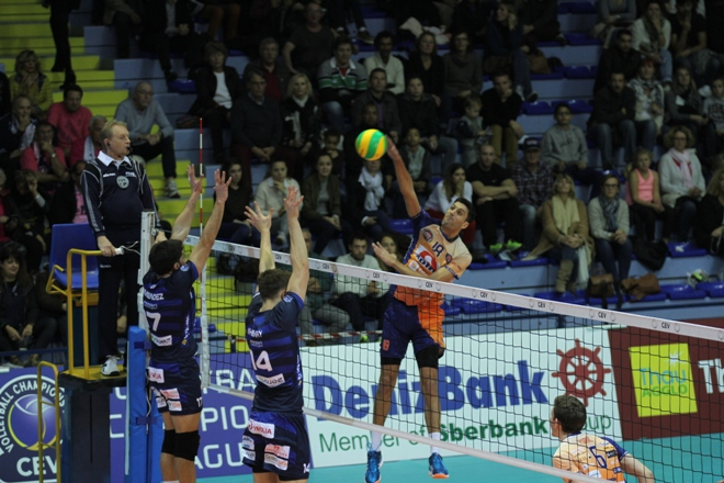 armenakis_ach-volley