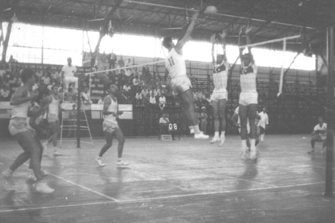 ETHNIKH OMADA -1967