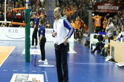Moculescu-Trainer-BR-Volleys