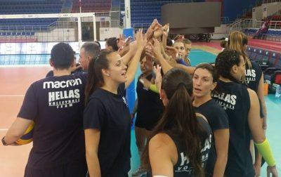 hellas_women_oukrania_training