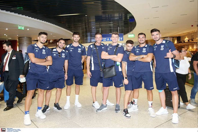hellas_national_team_airport_2019