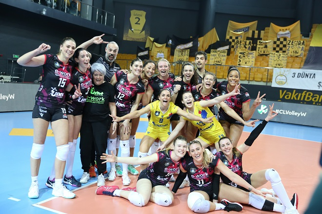 Στις 3 «Ιταλίδες» κέρδισαν οι 2 – Ανατροπή… έπος για UYBA Volley στην Πόλη