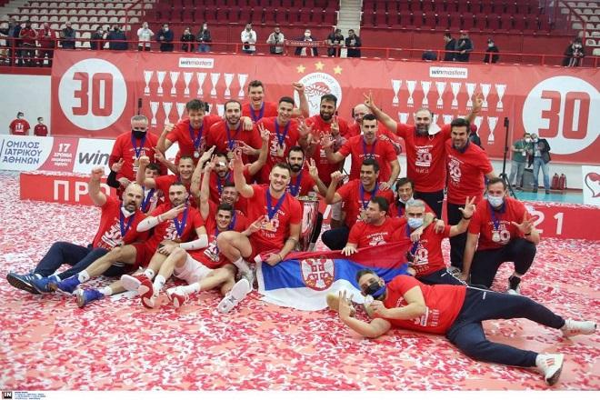 Υπερήφανοι πρωταθλητές στον Πειραιά