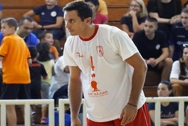 Επέστρεψε σε Φίλιππο Βέροιας και Volley League o Ντίνας